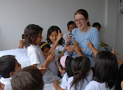 volunteer work in Ecuador in sustainable community development in rural indigenous communities